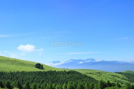 霧ケ峰高原より南アルプスを望むの写真素材 [FYI02079952]