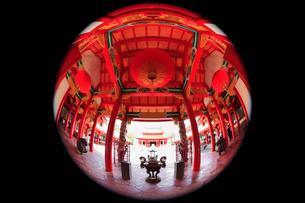 孔子廟 儀門内から見る大成殿の写真素材 [FYI02083110]