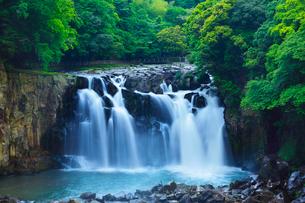 関之尾の滝の写真素材 [FYI02083285]