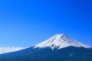 河口湖より富士山の写真素材 [FYI02083786]