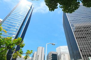 大阪駅前のビル群の写真素材 [FYI02083965]