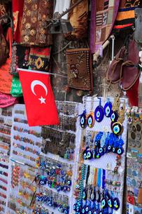 お土産物 トルコ国旗の写真素材 [FYI02083967]