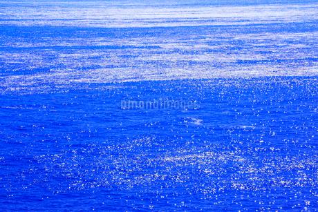 光る海の写真素材 [FYI02084778]