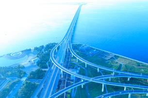 阪神高速・りんくうJ・C・T(スカイゲートブリッジ)の写真素材 [FYI02085401]