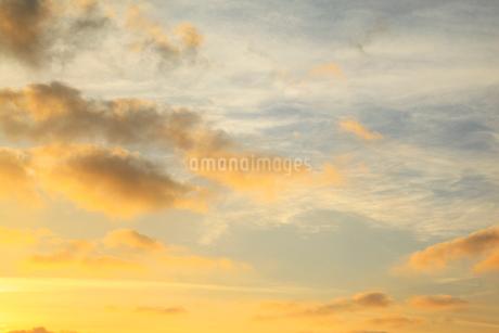 朝焼けの空の写真素材 [FYI02086735]