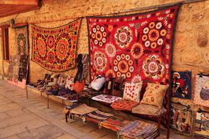 トルコ名物の絨毯の写真素材 [FYI02086880]