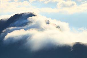 西黒森山の滝雲の写真素材 [FYI02086885]