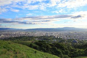 若草山から望む奈良市街の写真素材 [FYI02087376]