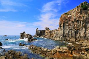 越前海岸 東尋坊と日本海の写真素材 [FYI02087400]