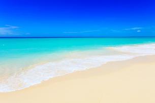 沖縄宮古島 与那覇前浜の海の写真素材 [FYI02087492]