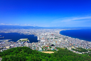 函館山山頂展望台から望む市街眺望の写真素材 [FYI02087513]