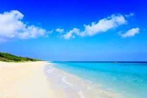 沖縄波照間島 ニシ浜と海の写真素材 [FYI02087629]