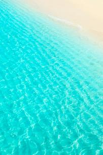 沖縄宮古島 与那覇前浜の海の写真素材 [FYI02088744]
