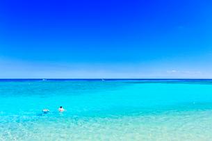 沖縄波照間島 ニシ浜と海の写真素材 [FYI02090073]