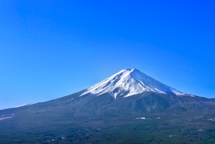 富士河口湖町から富士山の写真素材 [FYI02090836]