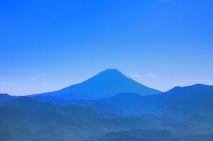 櫛形林道より富士山を望むの写真素材 [FYI02091328]