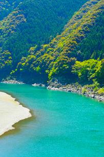 四万十川の清流の写真素材 [FYI02091391]