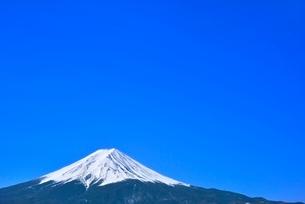 富士河口湖町より富士山の写真素材 [FYI02094540]