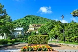 函館 元町公園と函館山の写真素材 [FYI02095837]