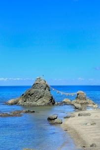 伊勢志摩,二見浦,夫婦岩の写真素材 [FYI02097464]
