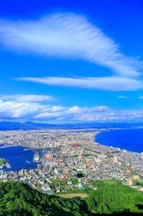 函館 函館山山頂より函館市街を望むの写真素材 [FYI02097585]