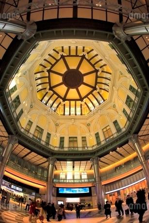 東京駅・丸の内ドーム天井の写真素材 [FYI02098570]
