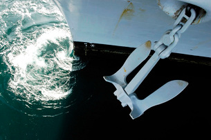 The port side Mark II Stockless Anchor is raised aboard aircの写真素材 [FYI02099013]
