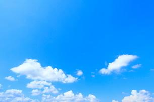 青空と雲の写真素材 [FYI02100244]