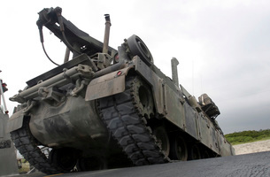 An M88A2 Hercules Recovery Vehicle.の写真素材 [FYI02100428]