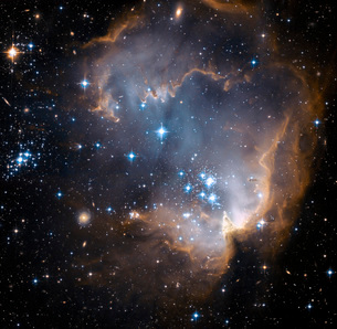 Newly formed stars in the center of a star-forming region inの写真素材 [FYI02100759]
