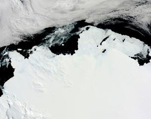 The Queen Mary Coast of Antarctica.の写真素材 [FYI02100784]