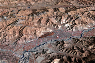 Three-dimensional view of the landscape of Lhasa, Tibet.の写真素材 [FYI02100800]
