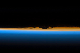 Layers of Earth's atmosphereの写真素材 [FYI02101009]