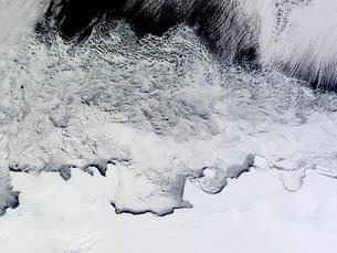 Banzare, Sabrina, and Budd Coasts, Antarctica.の写真素材 [FYI02101012]
