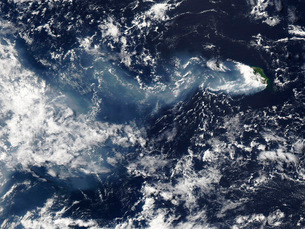 Eruption of Piton de la Fournaise, Reunion Island.の写真素材 [FYI02101245]