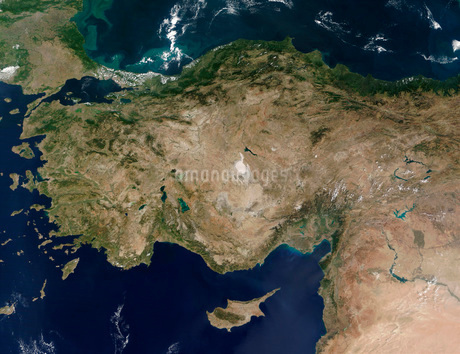 Satellite view of Turkey and the island of Cyprus.の写真素材 [FYI02102005]