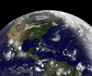Tropical storms on planet Earth.の写真素材 [FYI02102439]