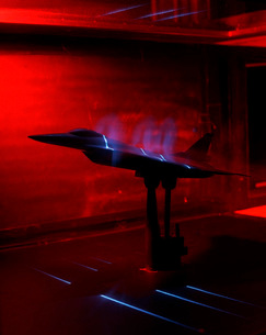A basic flow visualization test of an F-16XL Scamp model.の写真素材 [FYI02102508]