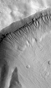 A gullied crater wall in the Terra Sirenum region of Mars.の写真素材 [FYI02102649]