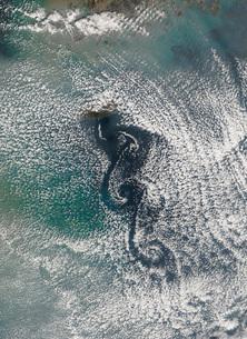Cloud vortices off Cheju Do, South Korea.の写真素材 [FYI02102650]
