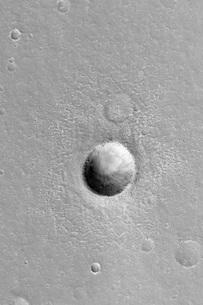 Martian Meteor Crater on Mars.の写真素材 [FYI02103028]