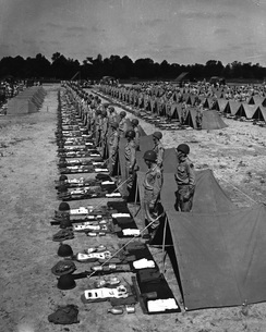 Soldiers stand by for inspection by the Commanding General.の写真素材 [FYI02103276]