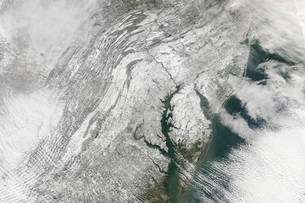 Satellite view of a massive Nor'easter snow storm over Chesaの写真素材 [FYI02103282]