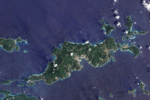 True-color image of Tortola and its smaller neighbors, Guanaの写真素材 [FYI02104412]