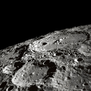 International Astronomical Union Crater 302 on the lunar surの写真素材 [FYI02105109]
