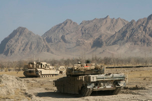 Marines conduct combat operations in Now Zad, Afghanistan, dの写真素材 [FYI02105813]