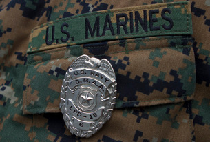 Close-up of a duty master-at-arms badge on the uniform of a U.S. Marine.の写真素材 [FYI02106260]