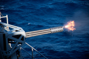 A close-in weapons system is fired aboard USS Harry S. Truman.の写真素材 [FYI02106309]