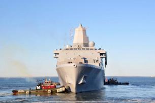 Amphibious transport dock ship USS San Antonio.の写真素材 [FYI02106403]