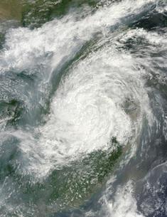 Typhoon Haikui makes landfall in eastern China.の写真素材 [FYI02106513]